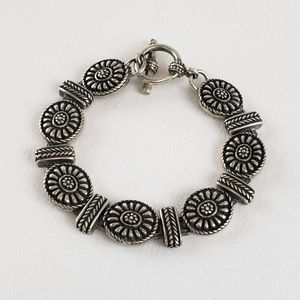 Jewelry - Flower Link Sterling Silver Bracelet